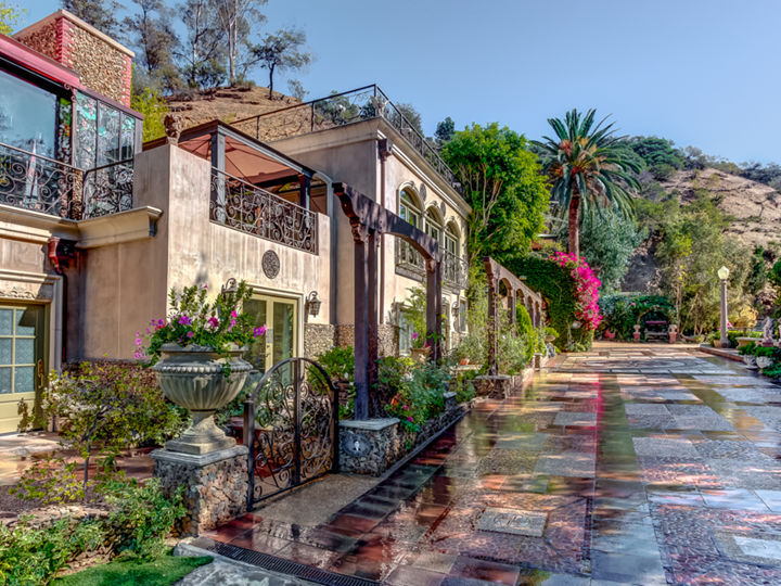 The Houdini Estate, A Hollywood Hills Mansion Photo 2