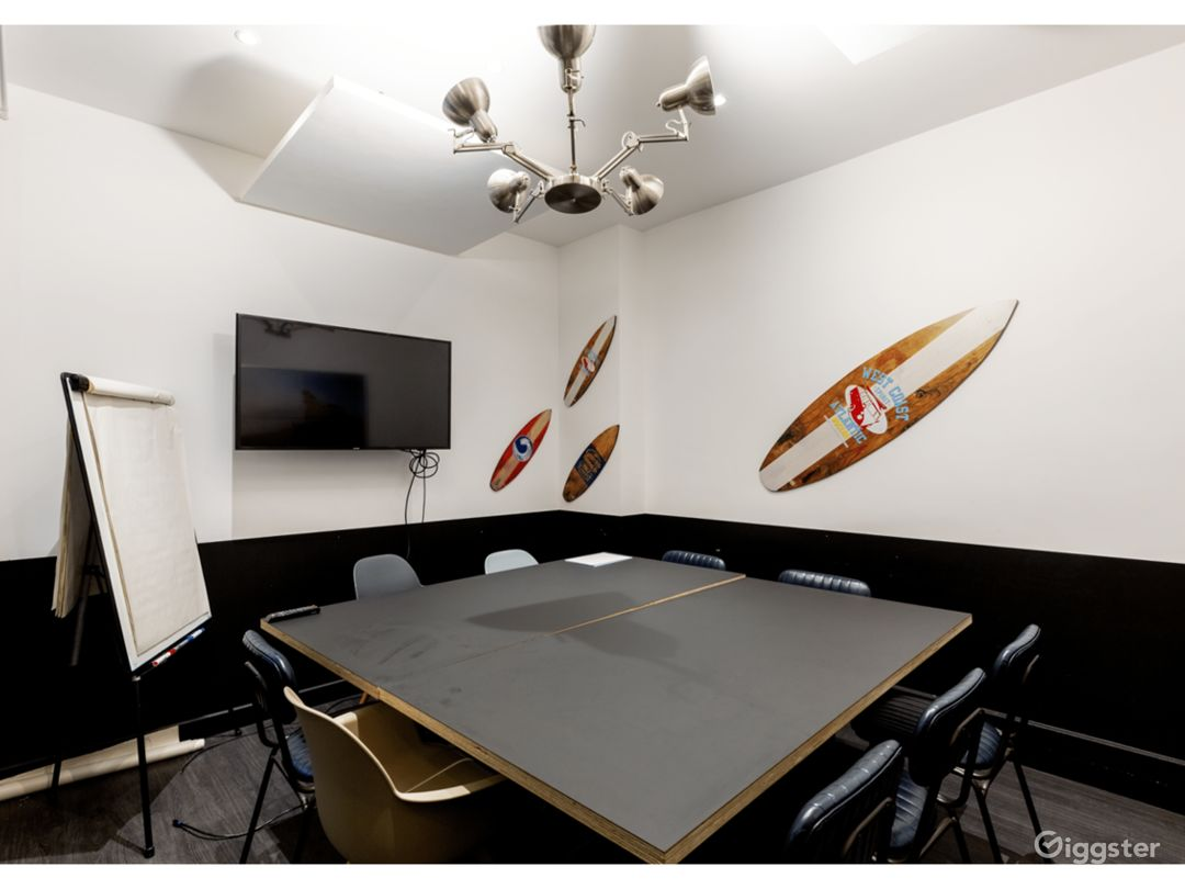Surf Room Escape in the Office Photo 1