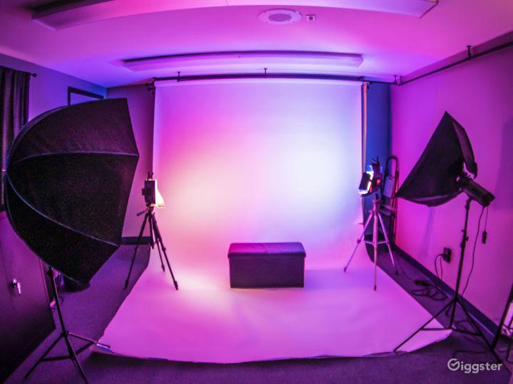 Cozy, Creative Studio Space Photo 4