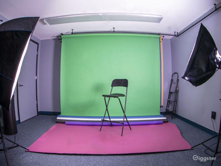 Cozy, Creative Studio Space Photo 2