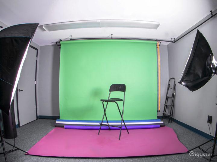Cozy, Creative Studio Space Photo 5
