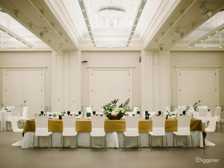 Museum's Elegant Ballroom in Cincinnati Photo 3