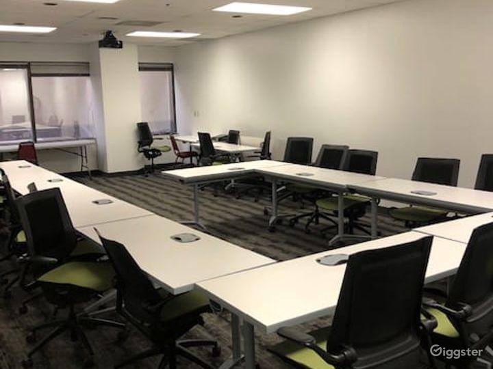 Airy Training Room in Dallas Photo 3