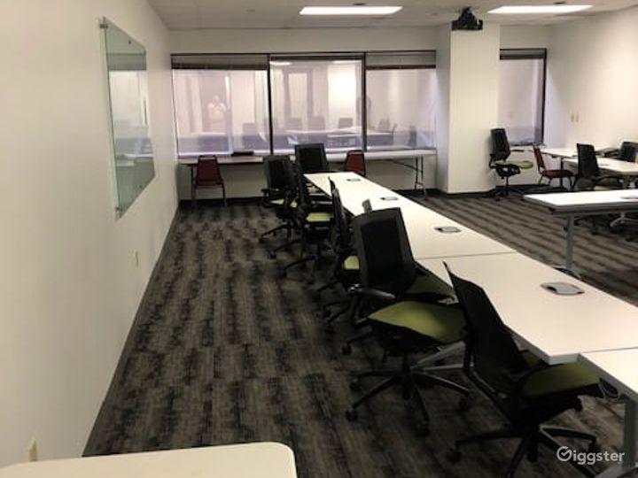 Airy Training Room in Dallas Photo 2