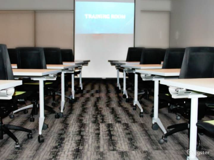 Airy Training Room in Dallas Photo 4