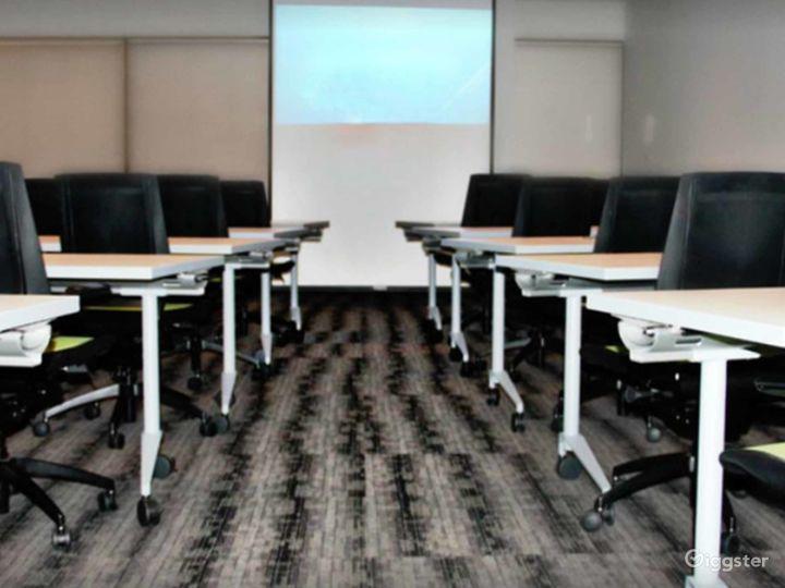 Airy Training Room in Dallas Photo 5