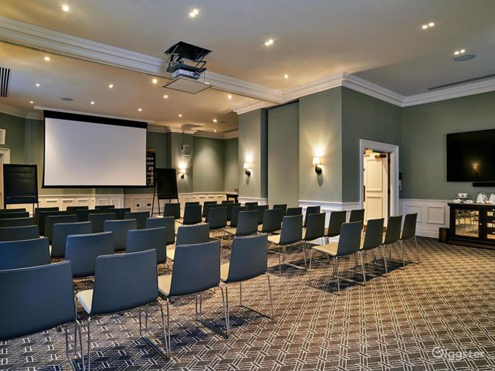 Bright Large Event Space in Bloomsbury, London Photo 5