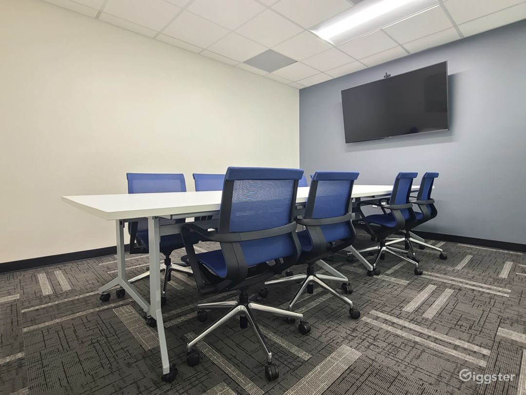 Large Conference Room in Riverside Photo 1