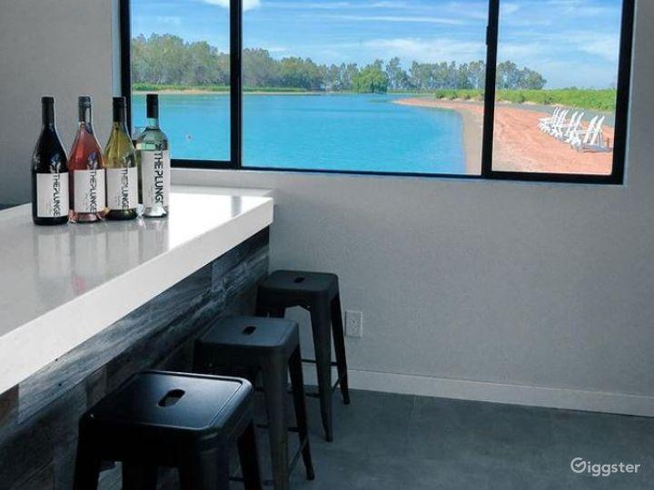 Indoor Tasting Room and Bar Photo 3