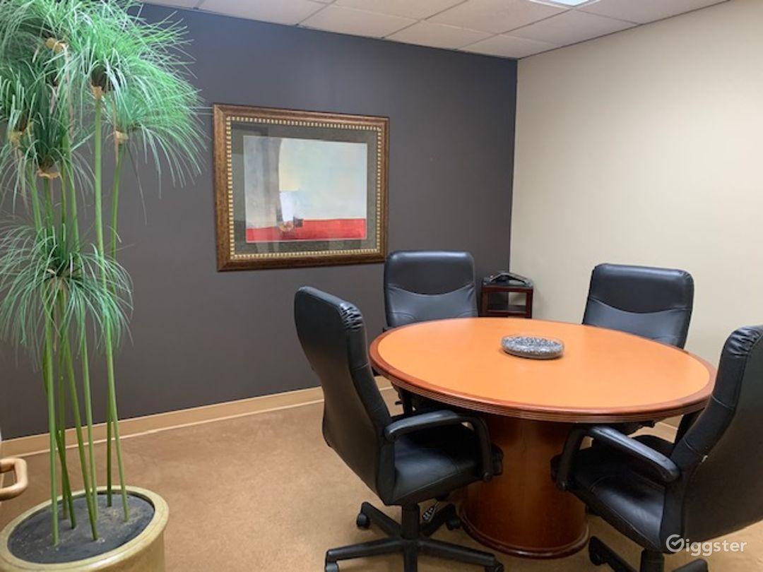 Cosy Conference Room in La Mirada Photo 1