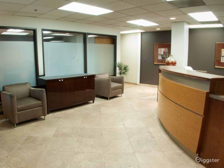 Cosy Conference Room in La Mirada Photo 3