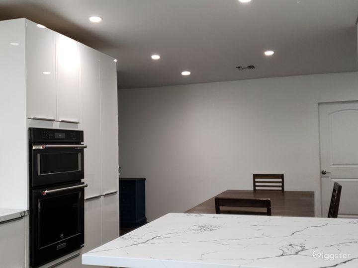 Recently remodel open floor mid century modern  Photo 5
