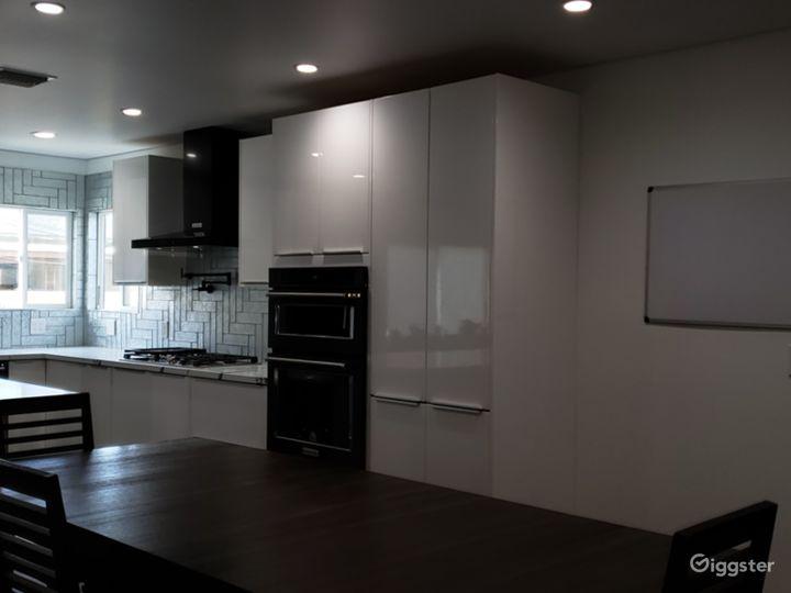 Recently remodel open floor mid century modern  Photo 2