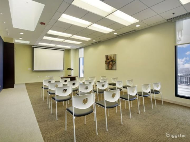 Wide Rooftop Meeting Room Venue with Spectacular View Photo 2