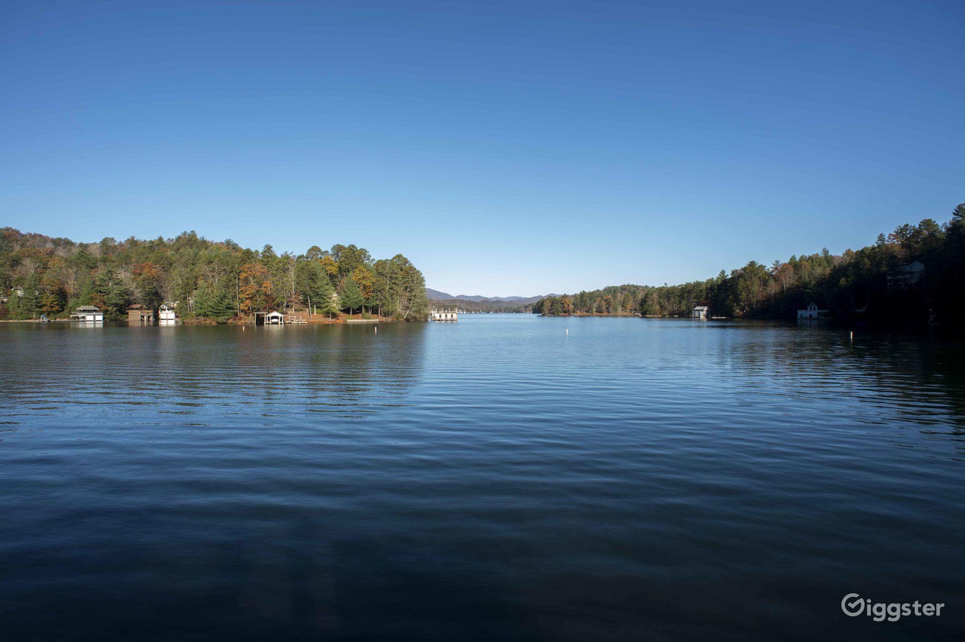 Large Lake in Rabun County Photo 1