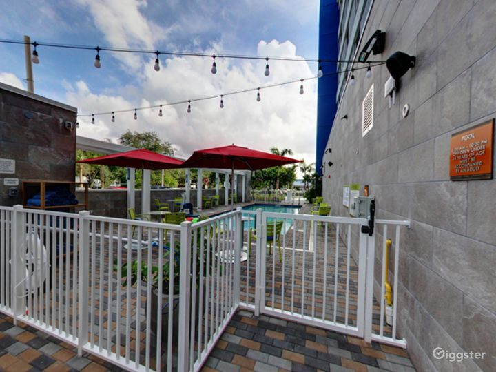 Beautiful Pool-side Area in Doral Photo 3