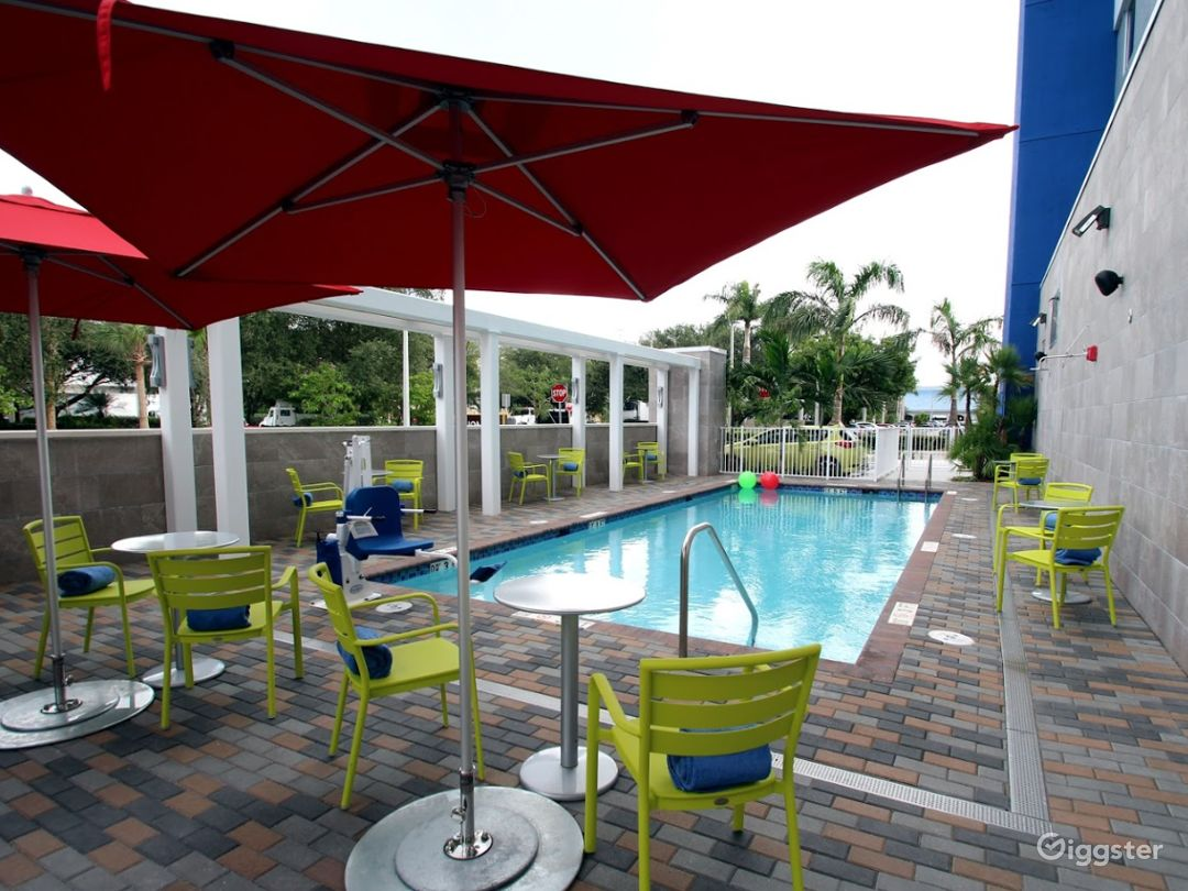 Beautiful Pool-side Area in Doral Photo 1