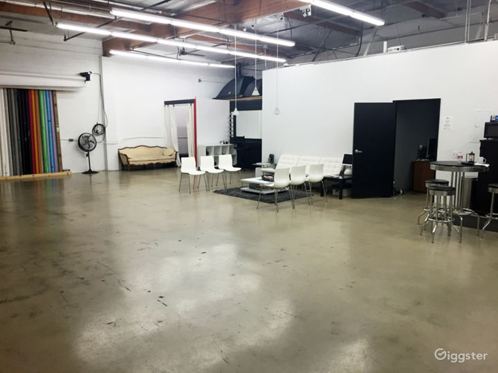 Photography Rental Studio- Full Service -Top Rated Photo 2