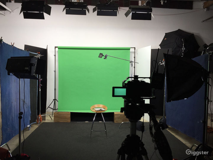 Photography Rental Studio- Full Service -Top Rated Photo 3