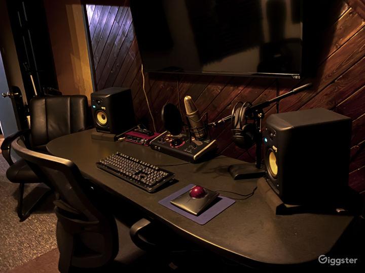 Recording studio with private entrance  Photo 2