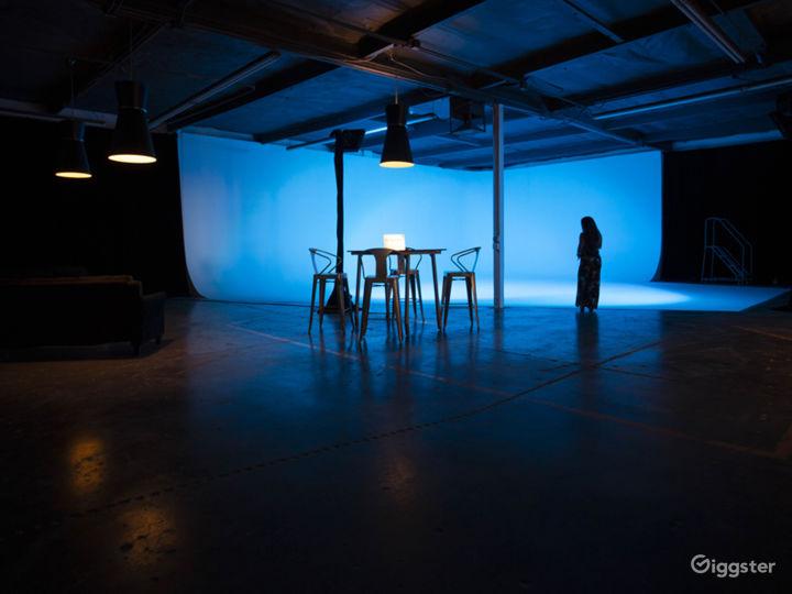 Spacious Orange County Studio with a 60' Cyc, Amen