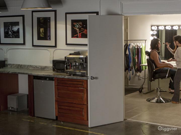 Spacious Orange County Studio with a 60' Cyc, Amen Photo 5