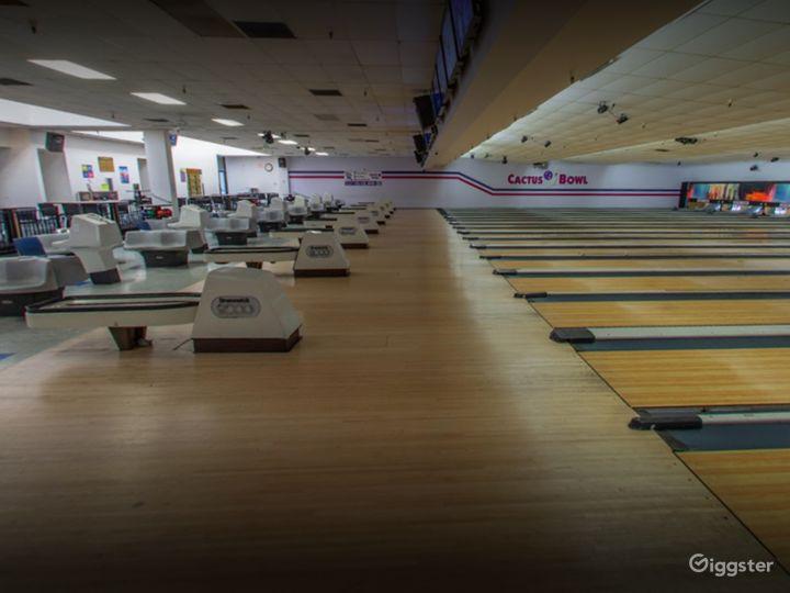 Spacious Bowling Lanes in Tucson Photo 4