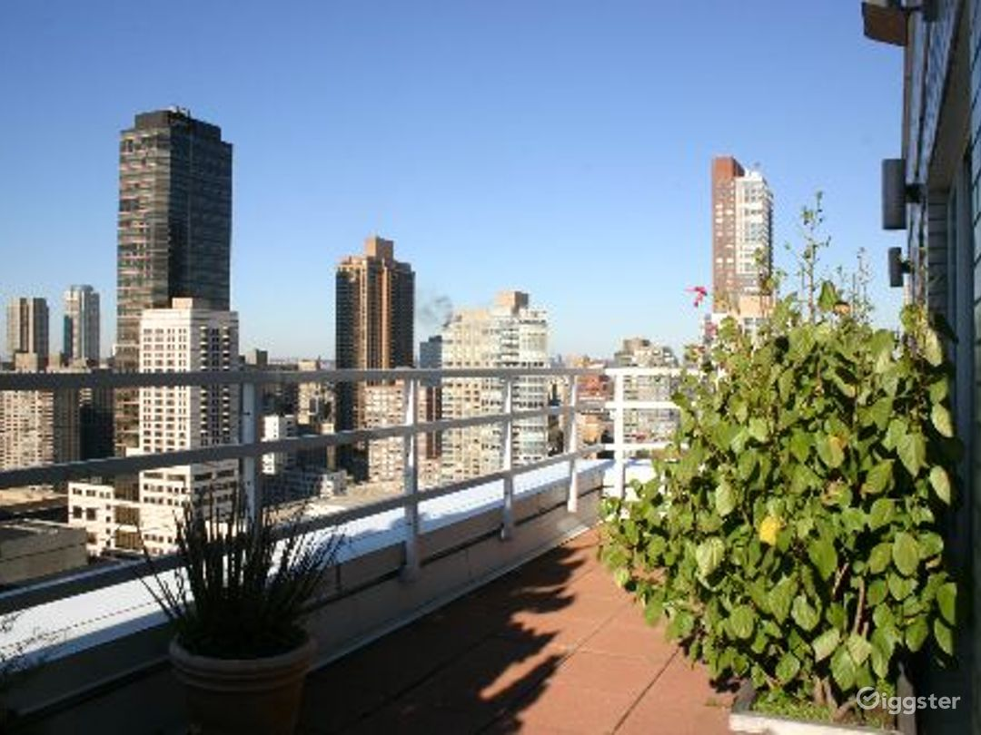 Upper west side apartment: Location 4133 Photo 1