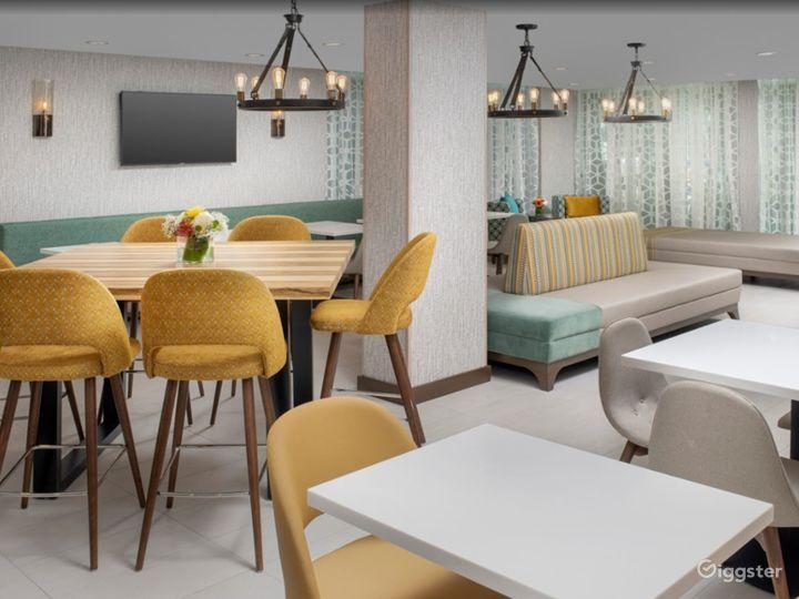 Modern Hotel Lounge in Brickell Photo 3