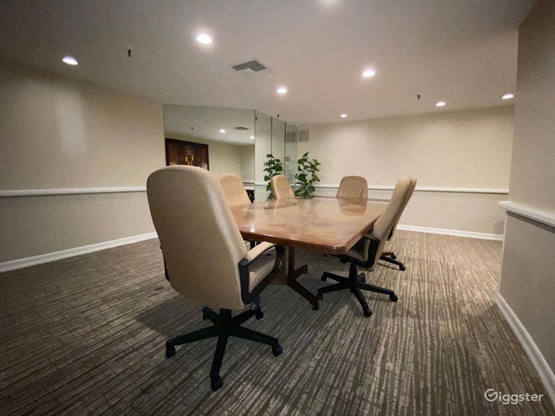 Magnificent Meeting Room Venue Photo 1