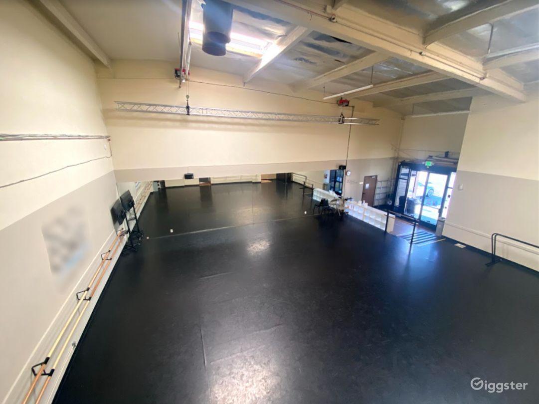 Studio 5  Photo 1