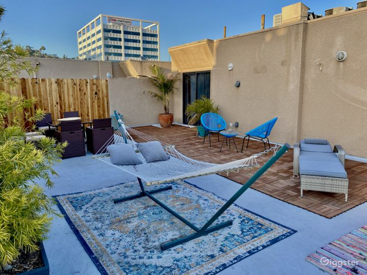 Best Open Roof Top View- PENT HOUSE HOLLYWOOD Photo 3