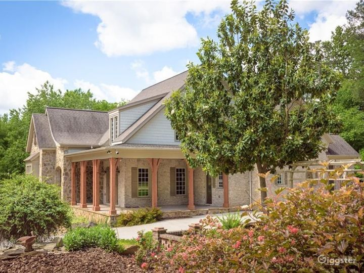 Private Country Estate and Sanctuary on 2+ Acres