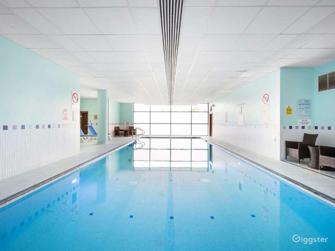 Delightful Hotel Pool in Reading Photo 1