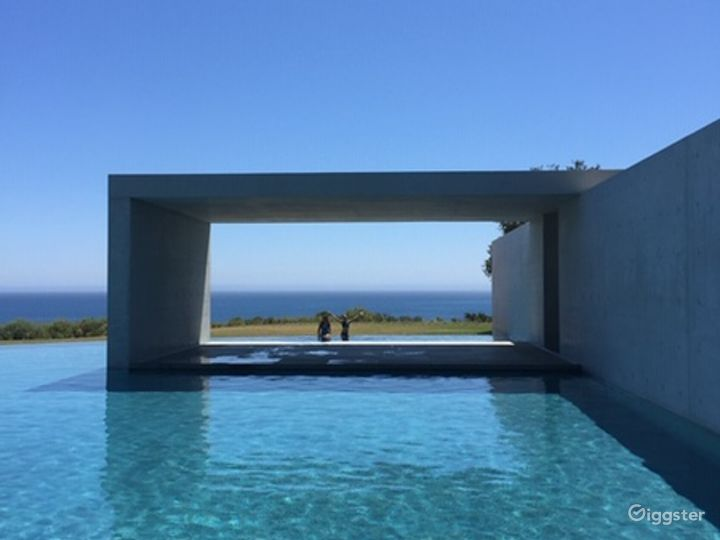 Malibu Modern Masterpiece Photo 3