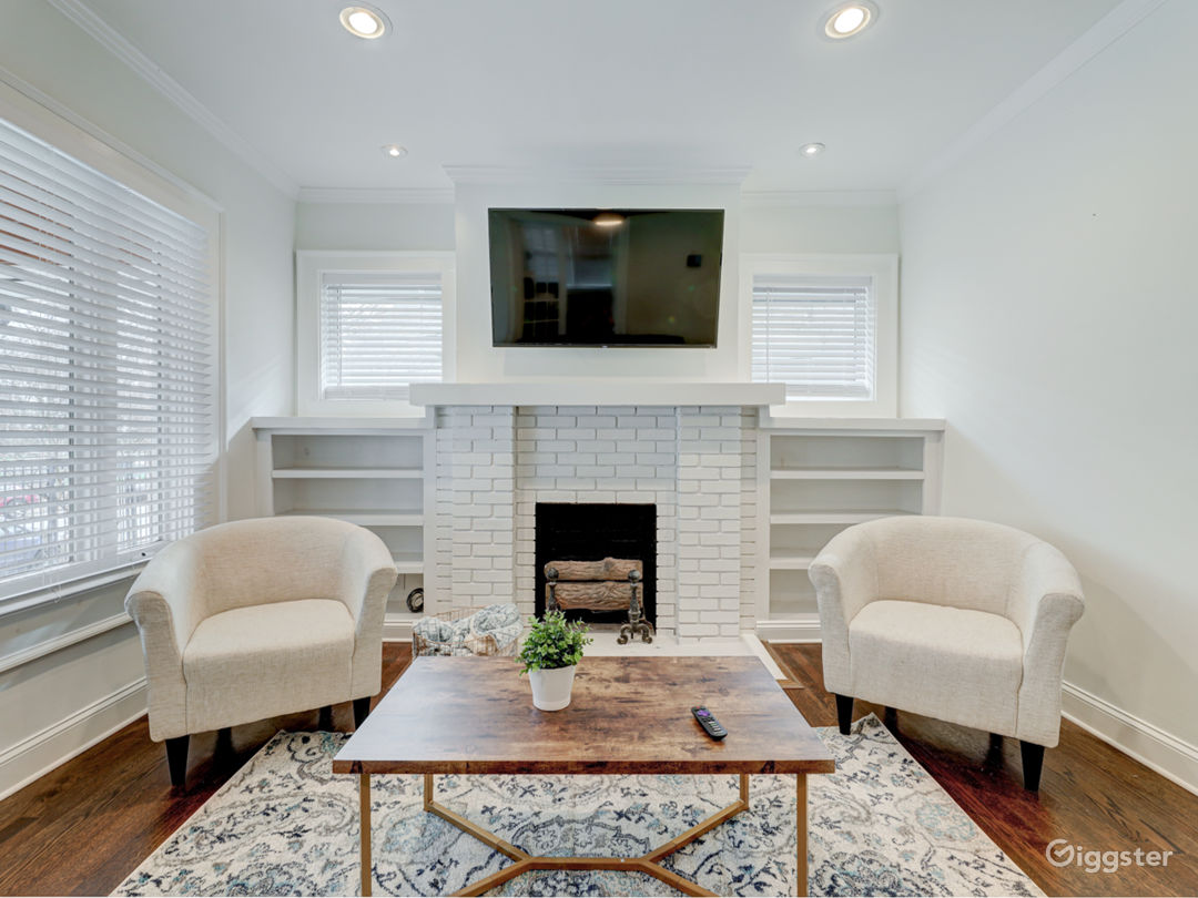 1920s Brick Renovated Craftsman; Great Light! Atlanta Rental