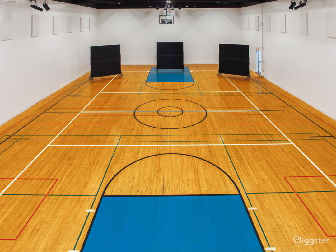 Converted Gym With Original 60's Basketball Floor Photo 3