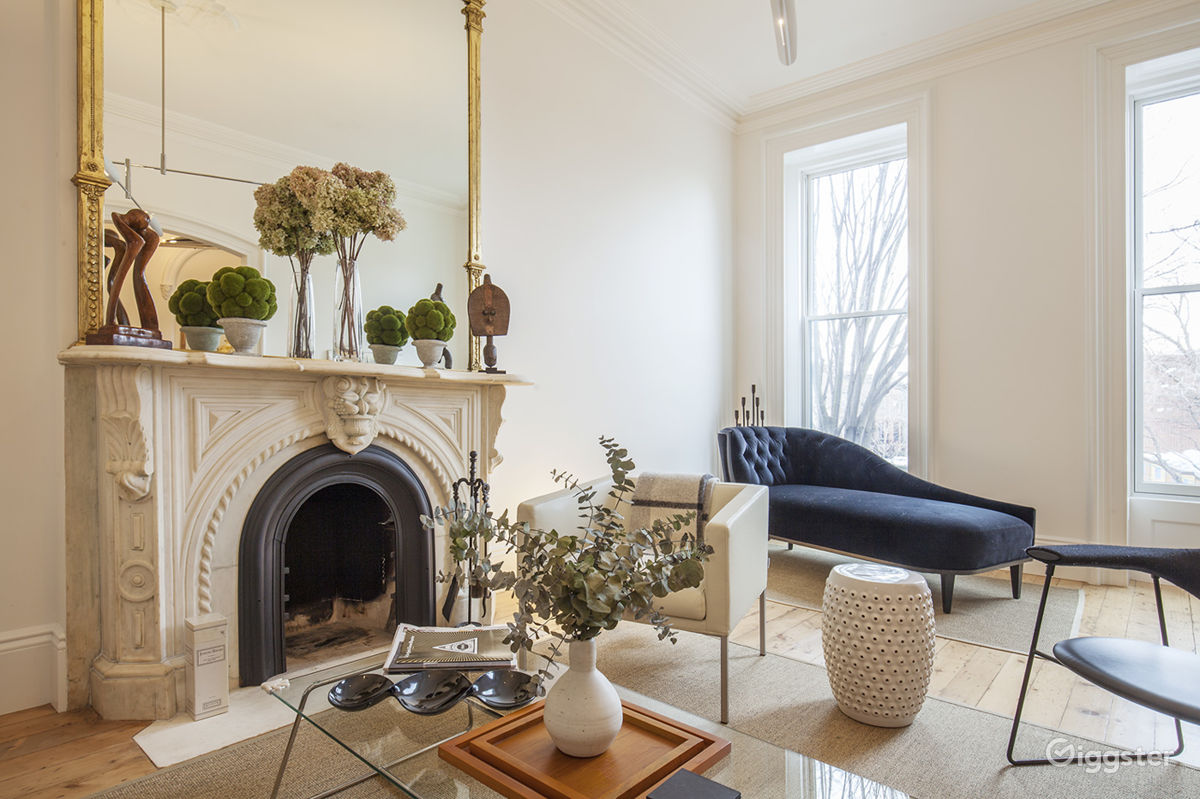 Rent Brooklyn Townhouse With White Elegant Interior House ...