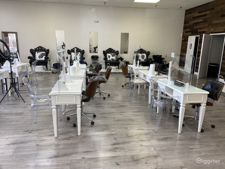 Largest Nail Salon in Glendale Photo 4