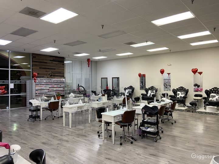 Largest Nail Salon in Glendale Photo 5