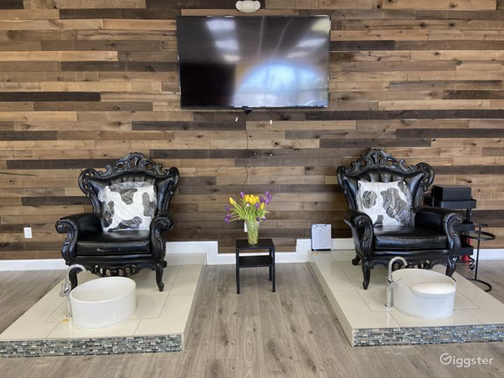 Largest Nail Salon in Glendale Photo 3