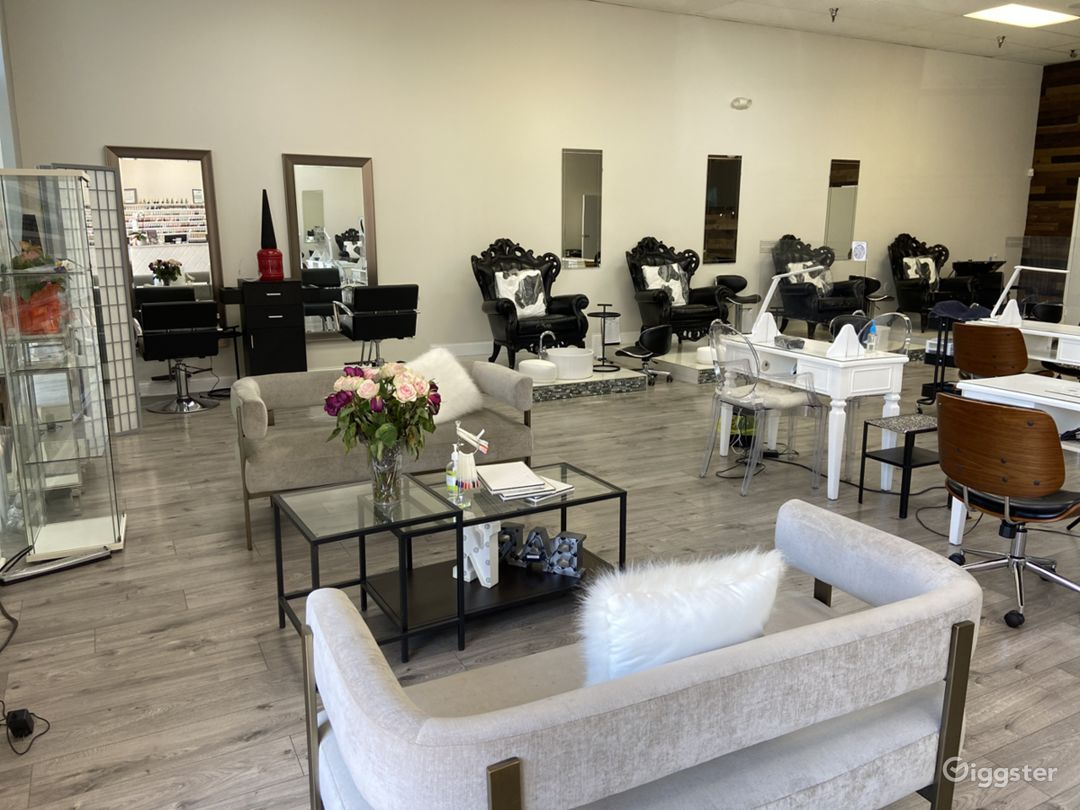 Largest Nail Salon in Glendale Photo 1