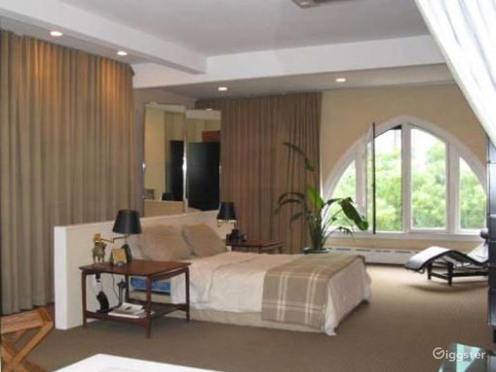 Contemporary NY apartment: Location 3147 Photo 3