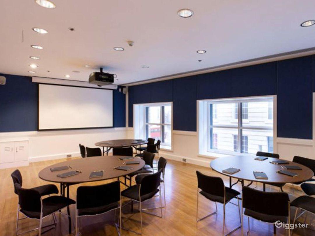 Gallen-Kellela Meeting Room in The National Gallery Photo 1