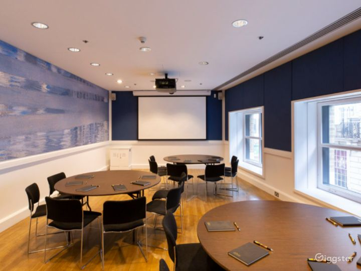 Gallen-Kellela Meeting Room in The National Gallery Photo 2