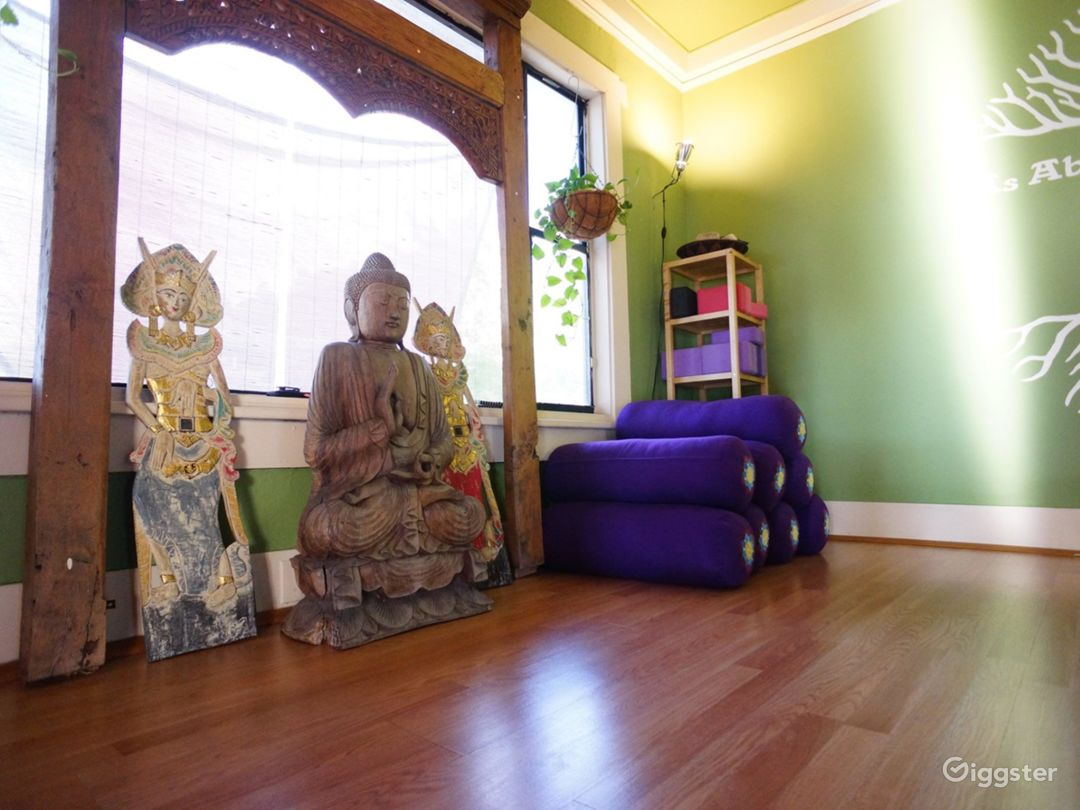 Seminole Heights' Oldest Yoga Studio Housed in a Vintage Japanese-Style Florida Bungalow Photo 1