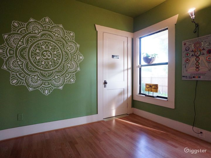 Seminole Heights' Oldest Yoga Studio Housed in a Vintage Japanese-Style Florida Bungalow Photo 2