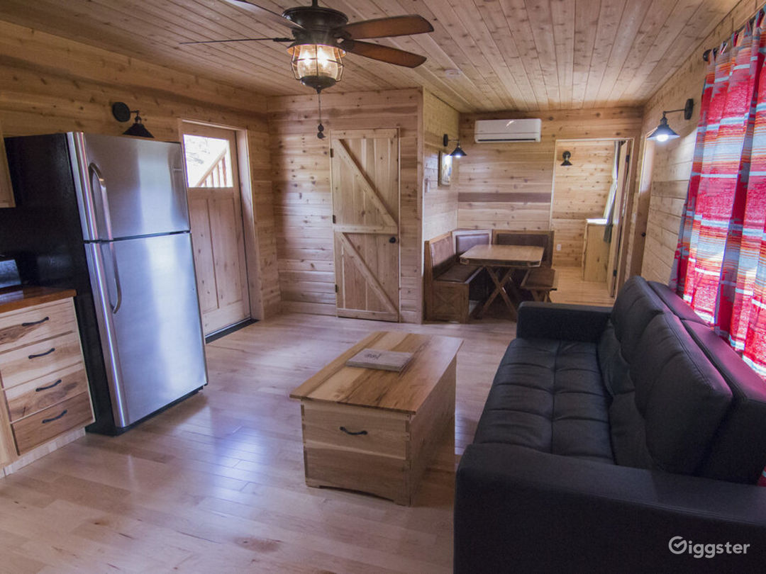 Spacious Cabin 3 with Great View of Valley Photo 1