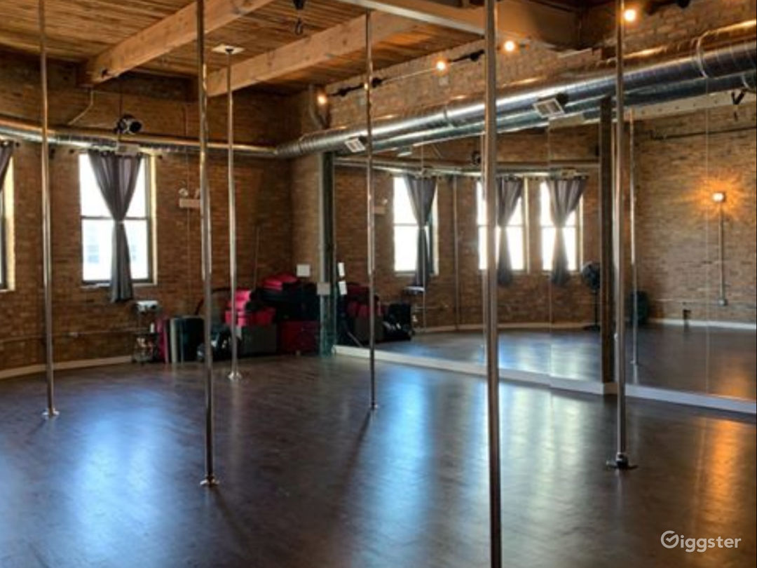 Dark Room Studio for Events, Fitness, Parties  Photo 1