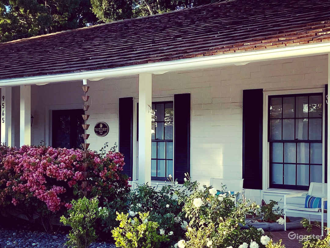 Beautiful Farmhouse/Ranch home on a 1 acre lot. Photo 1